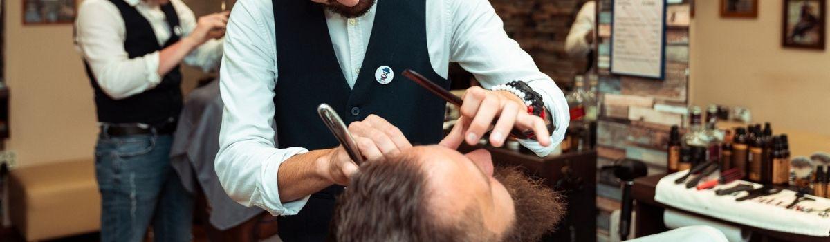 Egy jó barber mindig az arcformához megfelelő frizurát és szakállformát javasolja