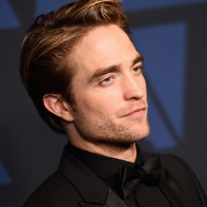 Robert Pattinson jellegeztesen gyémánt alakú arcformával rendelkezik
